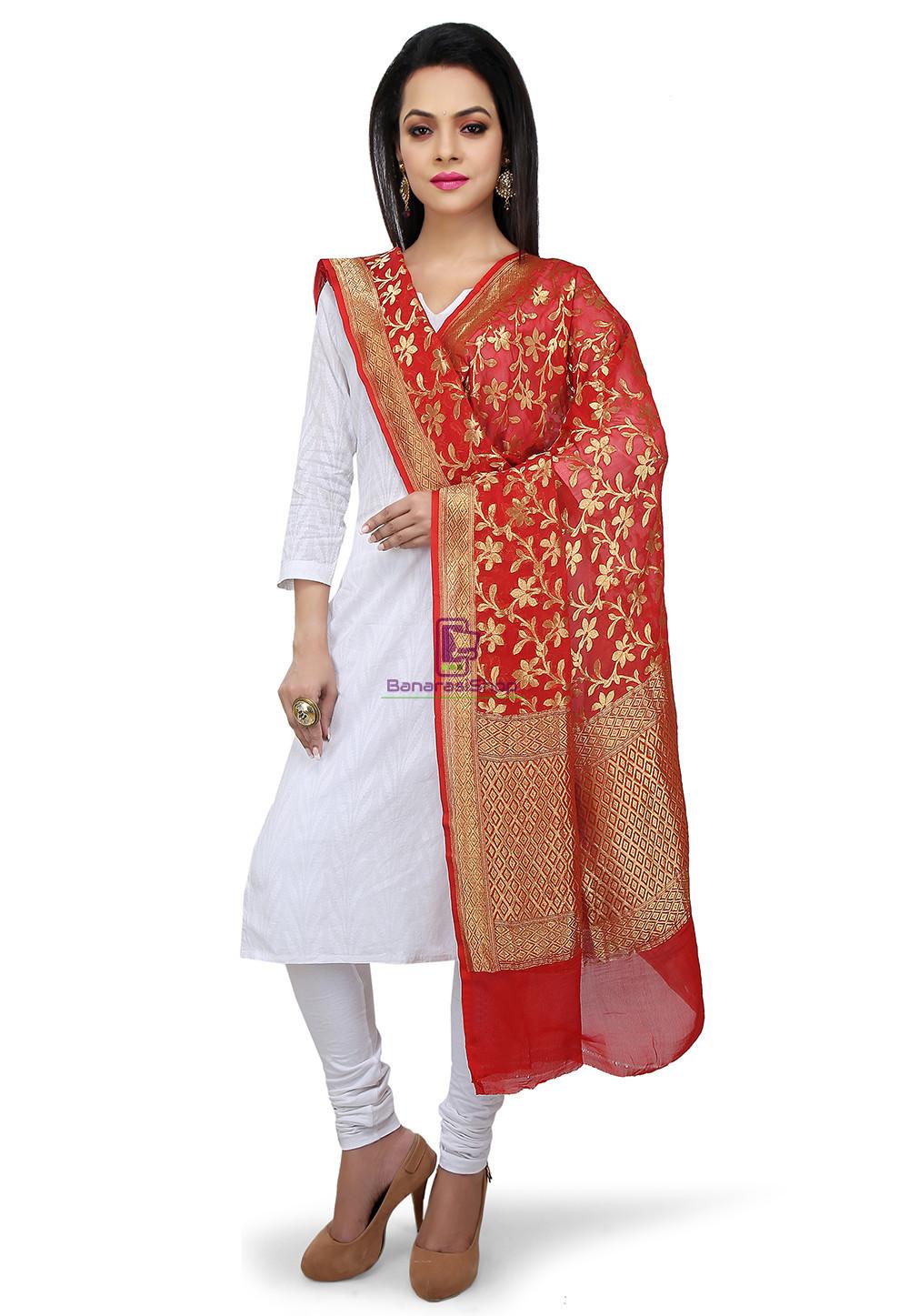 Handloom Banarasi Pure Georgette Dupatta in Maroon 1