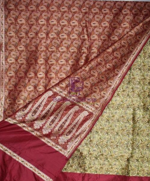 Handwoven Pure Banarasi Jamdani Silk Saree in Red 4