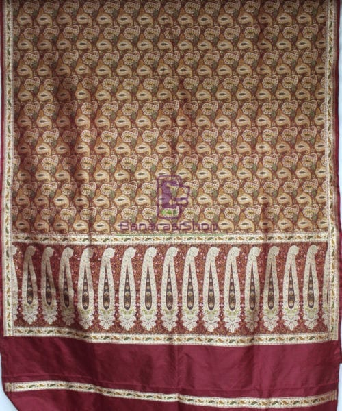 Handwoven Pure Banarasi Jamdani Silk Saree in Red 5