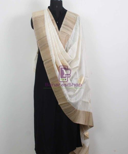 Banarasi Pure Dupion Silk Handloom White Dupatta With Khichha Pallu 4