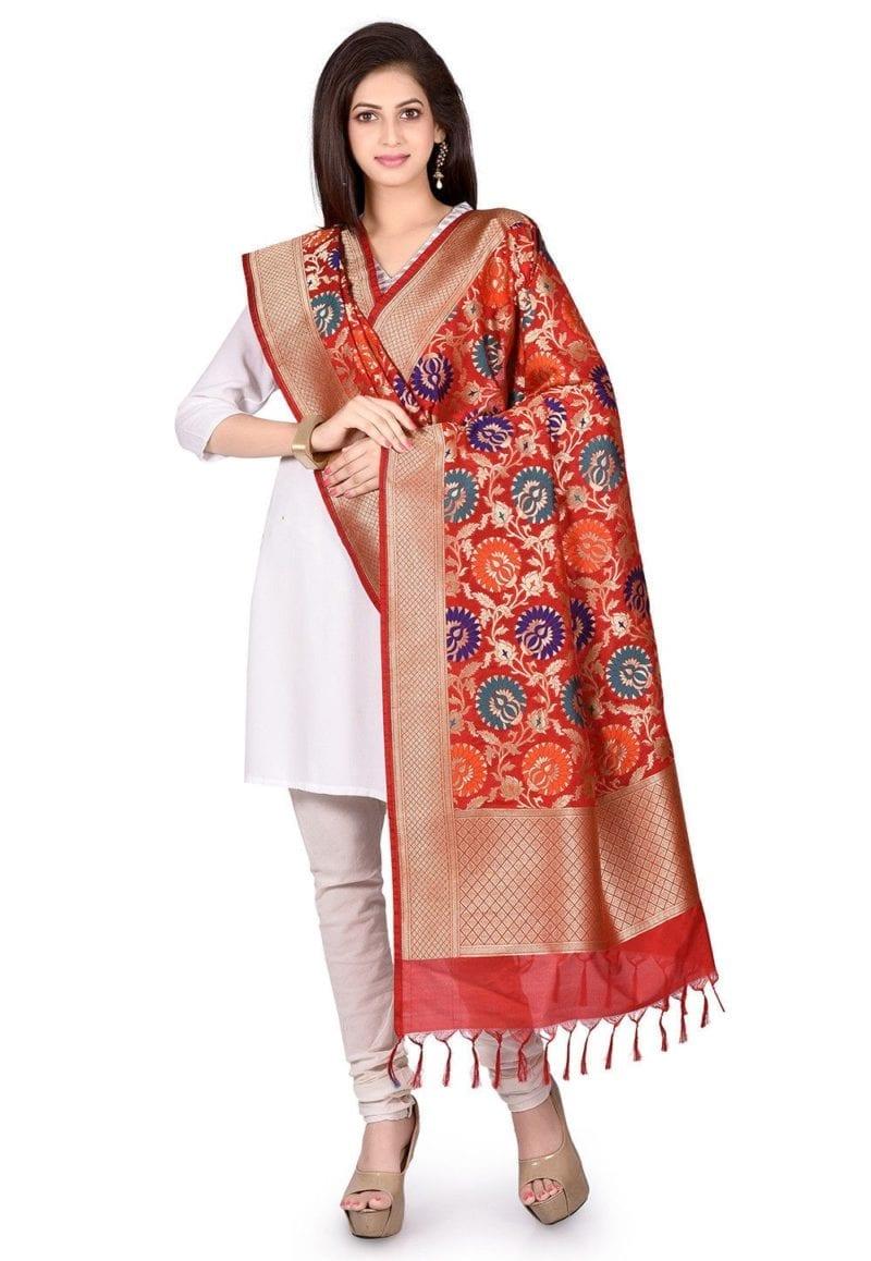 Woven Banarasi Art Silk Kimkhab Dupatta in Red 3