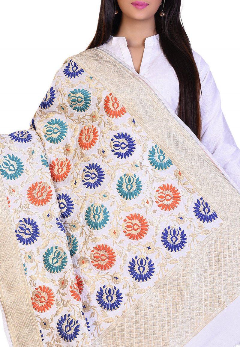 Woven Banarasi Art Silk Kimkhab Dupatta in White 2