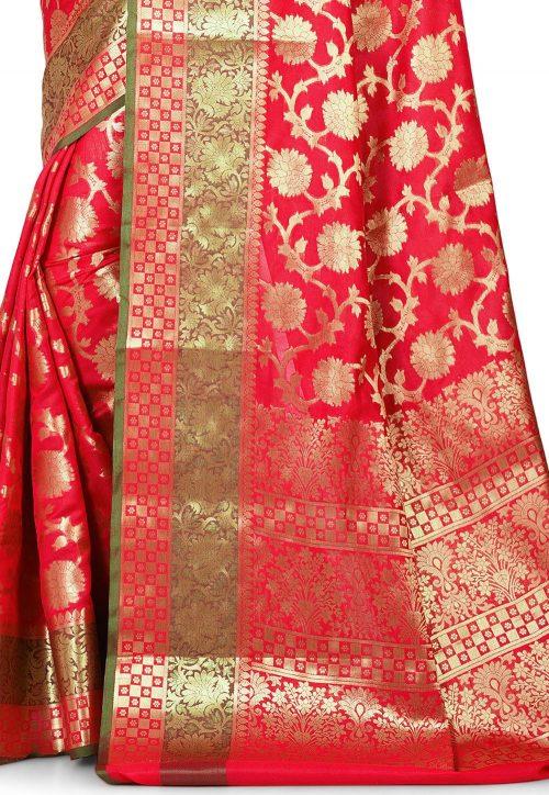 Woven Banarasi Art Silk Saree in Red 5