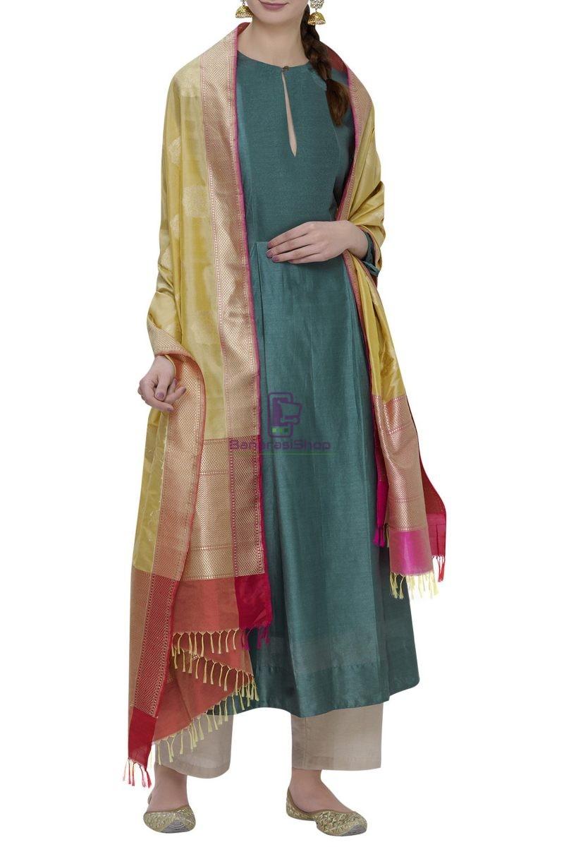 Handloom Banarasi Pure Katan Silk Dupatta in Yellow 2