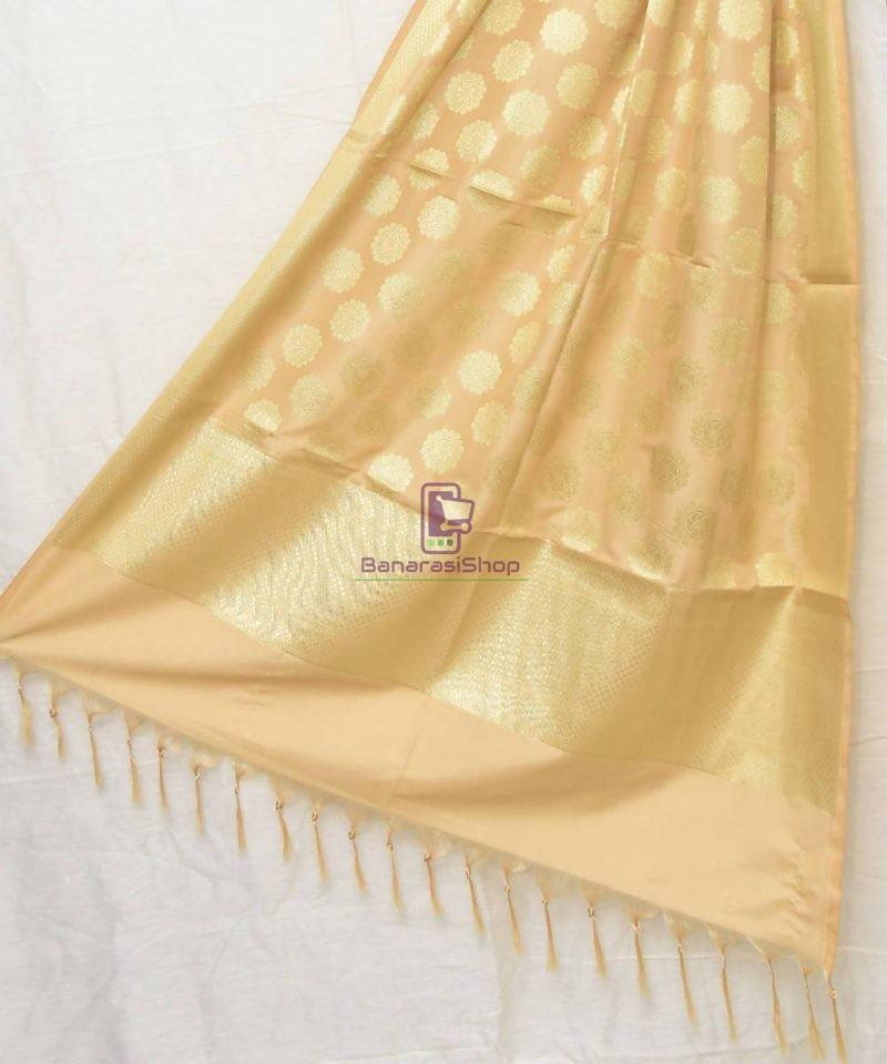 Woven Banarasi Art Silk Dupatta in Cream 1