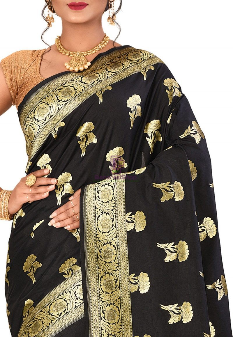 Banarasi Saree in Black 2