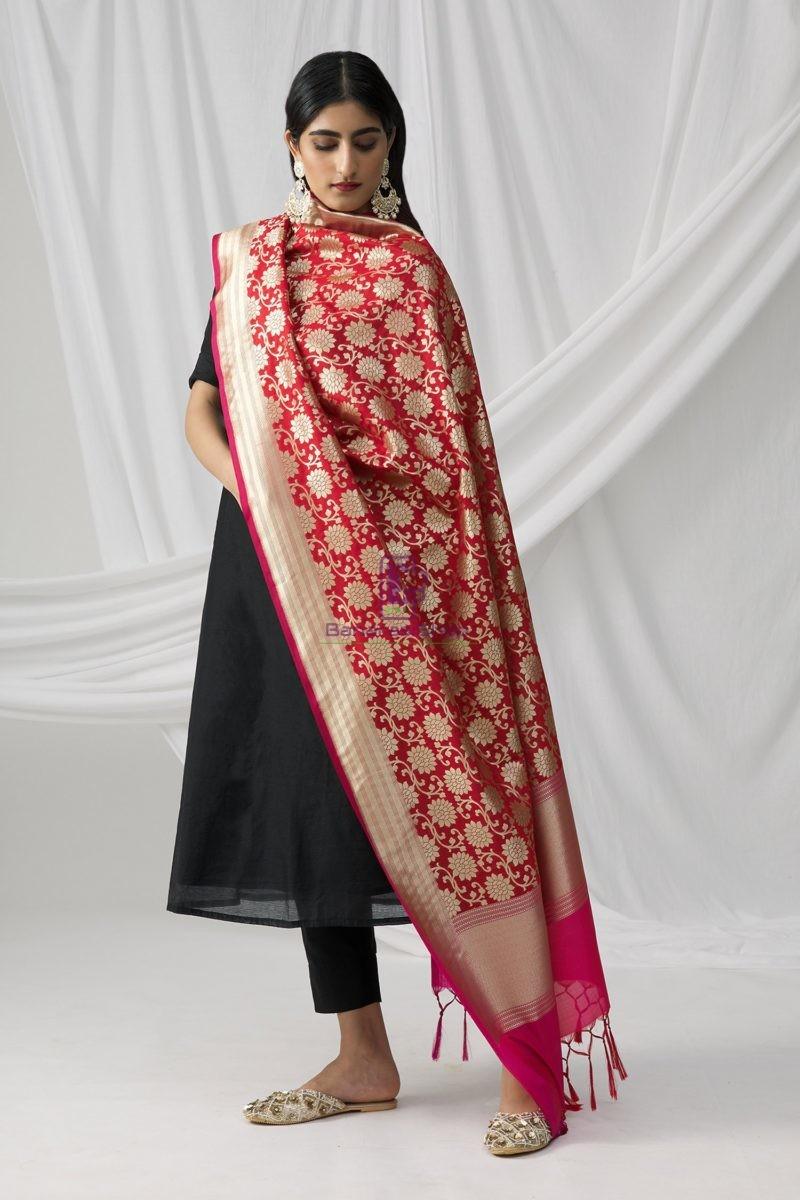 Woven Banarasi Art Silk Dupatta in Red 1