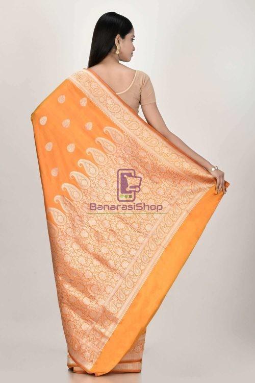 Handloom Banarasi Kadhuwa Katan Silk Saree with Running Blouse Fabric 6